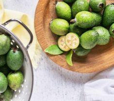 No Peel Spiced Feijoa Chutney - Wendyls Green Goddess Guava Recipes, Chutney Recipes, Vegan Recipes, Cooking Recipes, Pineapple Guava, Guava Jam, Healthy Dishes, Healthy Eating, Relish Sauce