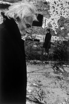 """BOSNIA-HERZEGOVINA.Mostar.December 1994.Italian actor Gian Maria Volonte during the shooting of the film """"Ulysse's Gaze"""" directed by Theo ANGELOPOULOS.Josef Koudelka.Magnum Photos Photographer Portfolio"""