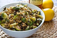 Lemony Wheat Berries with Roasted Brussel Sprouts | Oh My Veggies Paleo Recipes Easy, Bean Recipes, Vegetarian Recipes, Sushi Recipes, Vegetarian Dinners, Side Recipes, Healthy Dinners, Adzuki Bean Recipe, Grain Salad