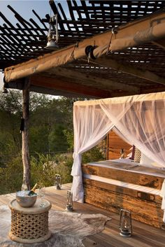 Book an evening in the Chalkley Treehouse, an open air room perched on stilts above the bush. Lion Sands Sabi Sands (South Africa) - Jetsetter