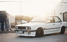 White cars parking vehicles bmw e30 wallpaper