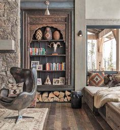From kitchens to living rooms and beyond, discover inspiration with the top 60 best log cabin interior design ideas. Explore cool mountain retreat homes. Chalet Design, Cabin Interior Design, Interior Exterior, House Design, Interior Styling, Design Dintérieur, Chalet Interior, Design Ideas, Interior Photo