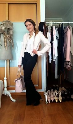 """Day eight of the """"essential wardrobe to the test"""" challenge! I hope you like it and thanks for following. A happy day to you all... Rain and all. Love, Raquel.  #LiveLoveLaugh #Challenge #ootd #challengeyourself  #essentialwardrobe"""