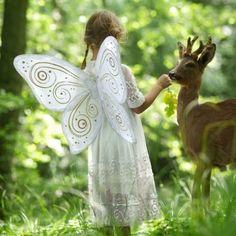 Ailes de papillon en lin blanc pour fille décorées de motif en feuilles d'or