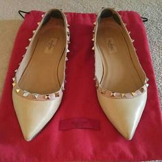 One day sale! Valentino Rockstud Flats! Authentic & great condition! Minimal wear on the soles and does. These are beige & come with dust bag. I have added removable heel protectors (three spot protectors in each). I also have these listed for lower on Merc. Valentino Shoes Flats & Loafers
