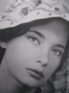Greeks, Female, Celebrities, Faces, Beauty, Celebs, The Face, Beauty Illustration, Face