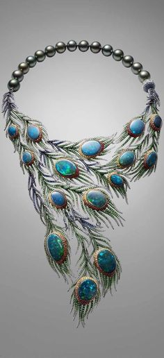 Alessio Boschi Plumes necklace takes the peacock tail as its inspiration and uses 15 black opals as the centerpieces of cascading and movable feathers.