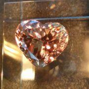 Zultanite® Gems www. Color Change, Heart Shapes, Heart Ring, Gems, Jewels, Rings, Stuff To Buy, Gemstones, Jewerly