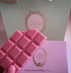 Loudres pink chocolate