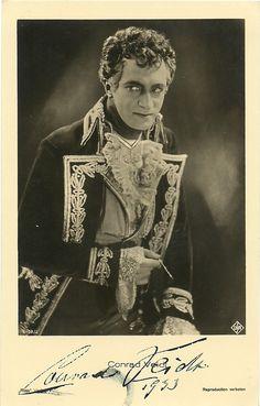 Conrad Veidt as Prince Metternich in The Congress Dances. Autograph