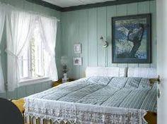 Her er ekspertens fargetips - Dagbladet Hanging Canvas, Work Surface, Modern Kitchen Design, Artist Canvas, Gallery Wall, Minimalist, Layout, Bed, Furniture
