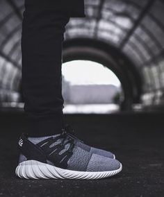 separation shoes 8b8fb 4dda7 Adidas Tubular Doom Girls Sneakers, Best Sneakers, Shoes Sneakers, Mens  Shoes, Adidas