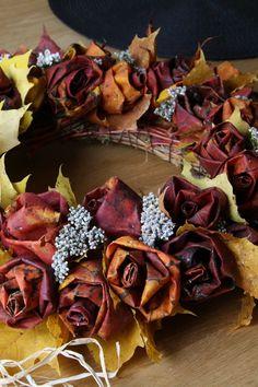 Syyskranssi Dark Florals, Decorations, Wreaths, Fall, Diy, Autumn, Door Wreaths, Fall Season, Bricolage