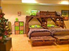 DIY 3 kid pallet bunk beds! ♡♡♡