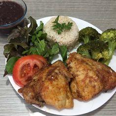 Tandoori Chicken, Homemade, Ethnic Recipes, Food, Natural Foods, Lettuce, Chicken, Breakfast, Lunches