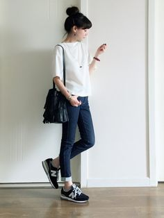 Tシャツ/スキニー/ニューバランススニーカー