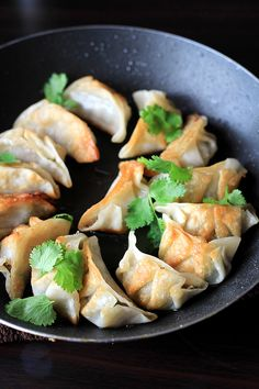 vegan pot stickers|use eggplants, shitake mushrooms and mung bean noodles