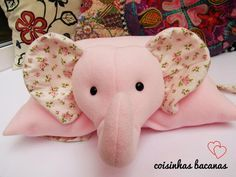 1 million+ Stunning Free Images to Use Anywhere Kids Pillows, Animal Pillows, Baby Stuffed Animals, Dinosaur Stuffed Animal, Pet Toys, Baby Toys, Memory Crafts, Free To Use Images, Baby Makes