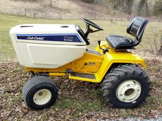 Garden Tractor, Sub Super 1706 Cub Cadet Tractor Registry - Lawn and Garden Tractors - 1706 Sub Super Cub CadetStandard tranny with full hydraulics including po Supercars, Cub Cadet Tractors, Types Of Lawn, Lawn Tractors, International Harvester, Ih, Automotive Design, Lawn Mower, Cubs