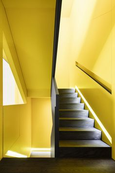Canari House by _naturehumaine [architecture design] Architecture Design, Residential Architecture, Ideas Mancave, North Facing Garden, Painted Staircases, Home Design, Interior Design, Design Interiors, Yellow Interior