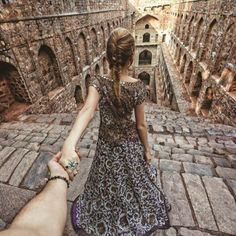 Agrasen's Baoli, Delhi Girl Who Leads Photographer-Boyfriend Around The World Visits India. The Photos Are Spellbinding Murad Osmann, Babe, Big Fat Indian Wedding, Walk This Way, Follow Me, Photography Poses, Two Piece Skirt Set, Short Sleeve Dresses, How To Wear