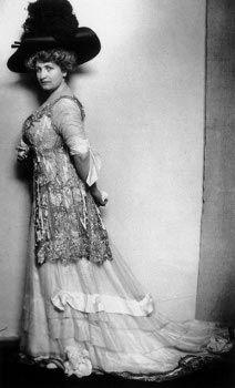 Alma Mahler-Werfel,  1909
