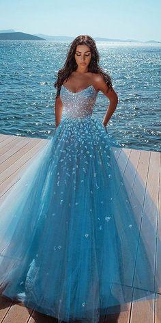 Quince Dresses, Ball Dresses, Ball Gowns, Evening Dresses, Pretty Prom Dresses, Homecoming Dresses, Cute Dresses, Best Prom Dresses, Prom Dresses Blue