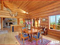 Log cabin dining - sunny comfort with family and friends! eLogHomes.Com: Idea Well