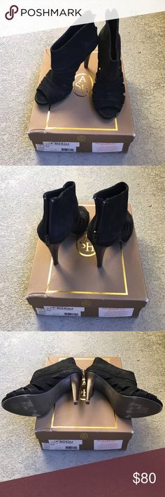 Ash open toe slashed high heel Used, still in great condition, black color, size 36M, comes with extra high heel tip for replacement and shoe box Ash Shoes Heeled Boots