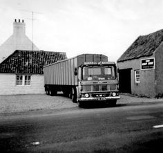 Vintage Trucks, Old Trucks, Old Lorries, British Rail, Commercial Vehicle, Classic Trucks, Buses, Vehicles, Image