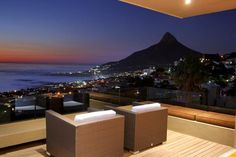 Exclusive Accommodation Villa in Camps Bay | Villa Fusion is an exclusive accommodation villa in Camps Bay with the most spectacular views of Lions Head and the Twelve Apostles but also of Table Mountain