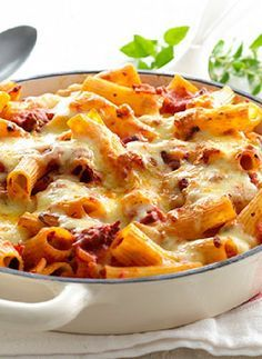 Low FODMAP Recipe and Gluten Free Recipe - Turkey Bolognese pasta bake http://www.ibssano.com/low_fodmap_recipe_turkey_pasta_bake.html