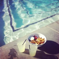 fries and lemonade by the pool. yes please.