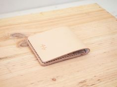 Mens vegetable tanned leather wallet