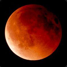 Eclipse totale Lune 2.jpg (932×937)