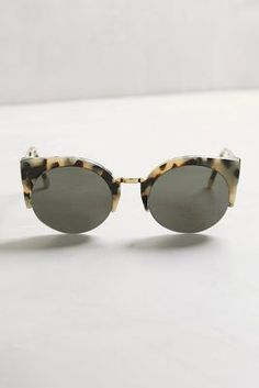 8046d60ed0184 Black Ray-Ban sunglasses Erica style black fashion sunglasses  perfect  condition no signs of wear. Selling on Merc as well Ray-Ban Accessories  Sunglasses