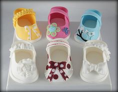 51 New Ideas Baby Shoes Pattern Fondant Cake Toppers Baby Shower Cakes, Gateau Baby Shower, Baby Shoes Pattern, Shoe Pattern, Fondant Cake Toppers, Fondant Figures, Fondant Cakes, Shoe Cakes, Cupcake Cakes