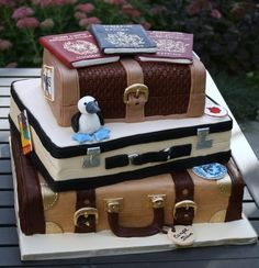 #Luggage #cake. So cuuute! :)