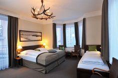 Ski Lodge Reineke - Ihr Wohlfühlhotel in Bad Gastein Bad Gastein, Skiing, Bed, Furniture, Home Decor, Ski, Decoration Home, Stream Bed, Room Decor