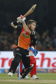 Warner went on to register a half-century to put SRH on top in their Final against RCB, Bangalore on Cricket Sport, Cricket Match, Cricket News, Cricket Poster, Asia Cup 2018, Kane Williamson, Cricket Wallpapers, David Warner, Cute Gay Couples