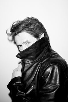 Willem Dafoe by Terry Richardson for Vogue Hommes International, 2009 Black And White Prints, Black And White Portraits, Terry Richardson Photography, Beautiful Men, Beautiful People, Willem Dafoe, George Hurrell, Lady And Gentlemen, Famous Faces