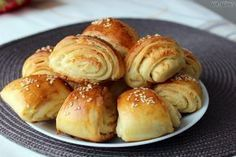 php 1 000 pixelov Sourdough Bread, Pretzel Bites, Hamburger, Food And Drink, Menu, Baking, Recipes, Gardening, Image