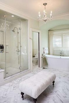 Awesome 50 Stunning Luxury Bathroom Design Ideas https://homearchite.com/2017/06/08/50-stunning-luxury-bathroom-design-ideas/