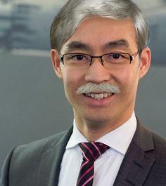 Warum FDP-Chef @philipproesler seine Haare grau gefärbt hat...