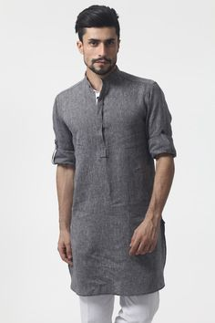 Roll Up Sleeve Linen Nehru/ chinese collor Kurta chambray collection on Etsy… Islamic Fashion, Muslim Fashion, Indian Men Fashion, Mens Fashion, Pantalon Thai, Kurtha Designs, Kurta Men, Muslim Men, Gentleman Style