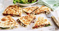 Don& go out for takeaway, when you make these delicious gozleme at home. Gozleme Recipe, Beef Recipes, Cooking Recipes, Aussie Food, Savory Snacks, Savoury Recipes, Middle Eastern Recipes, Food Hacks, Finger Foods