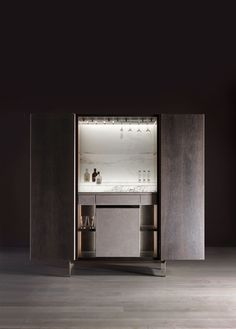 Him bar armoire, Bellavista Collection