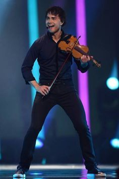 """Final - Place 15 : Norway - Alexander Rybak - """"That´s How You Write a Song"""" Alexander Rybak Eurovision, Lisbon Portugal, Music Is Life, Norway, Mad, Woodwind Instrument"""