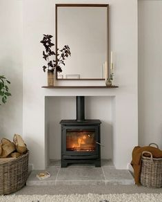 Classic Living Room, New Living Room, Home And Living, Living Room Decor, Log Burner Living Room, Open Plan Kitchen Living Room, Small Log Burner, Home Design, Wood Burner Fireplace