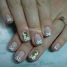 Blanco y negro French Nail Art, French Nail Designs, Pink Nail Designs, Manicure And Pedicure, Gel Nails, Cute Nails, Pretty Nails, Daisy Nails, Flower Nail Art